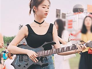 民谣弹唱歌手唐萧